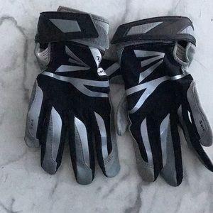Easton Kids batting gloves